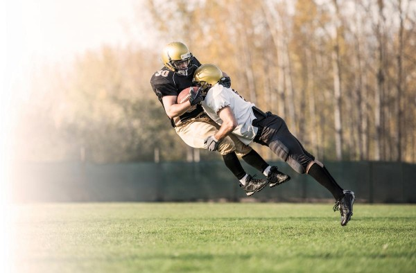 Football-Tackle-Sports-Concussion